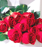 FTD� One Dozen Red Roses