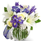 FTD� Miracle's Light Bouquet