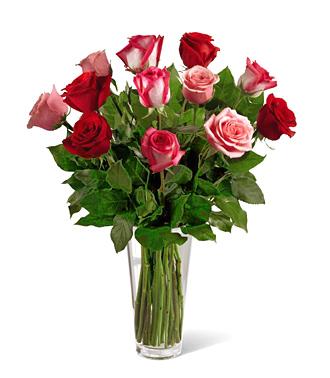 FTD&reg_True_Romance_Dozen_Roses_Vase