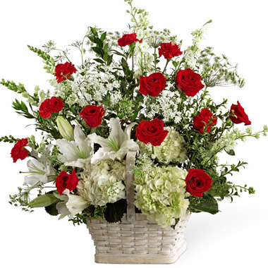 FTD In Loving Memory Sympathy Arrangement