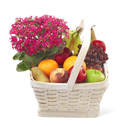 FTD&reg_Garden_Paradise_Fruit_Basket