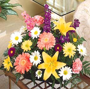 International - Colorful Fresh Arrangement