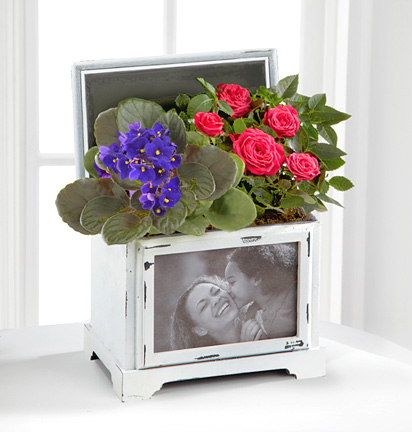 - Mother's Day Blooming Keepsake Photo Box